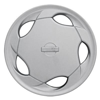 "Wheel Covers: Premier Series: 8826 Silver (15"")"